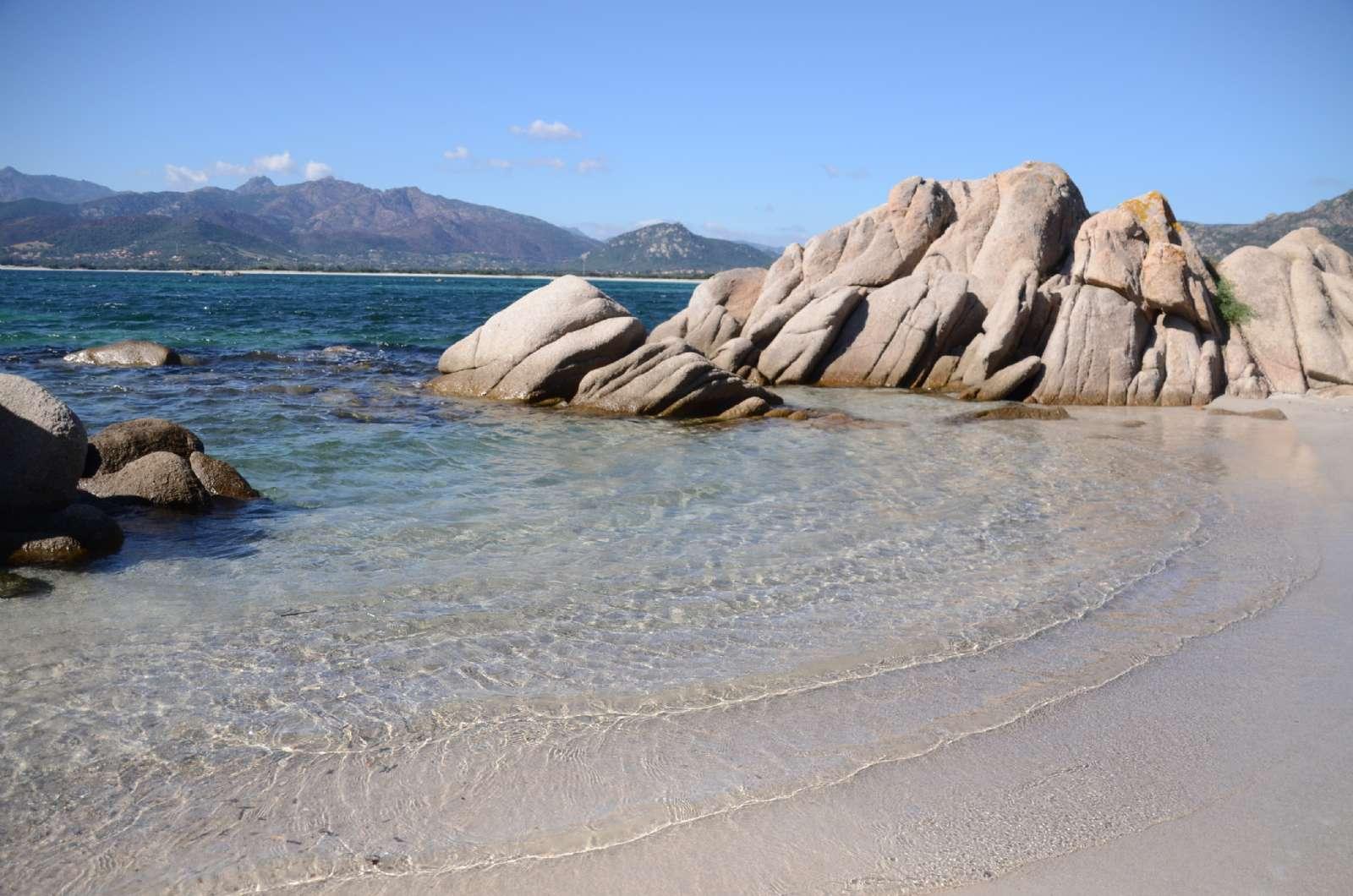 Området byder også på karakterfulde klippepartier