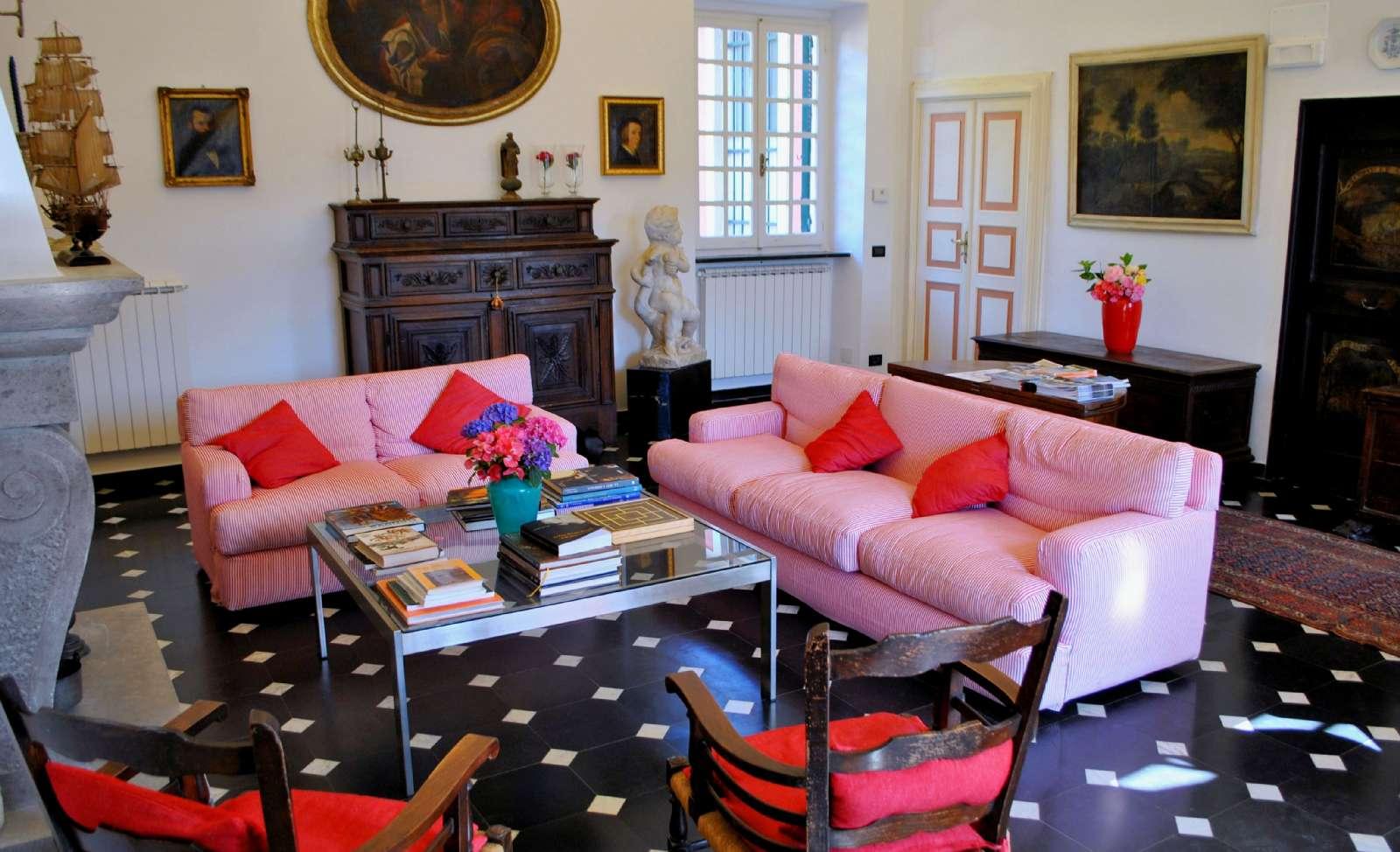 Lounge mit Kamin - für ein geselliges zusammensitzen