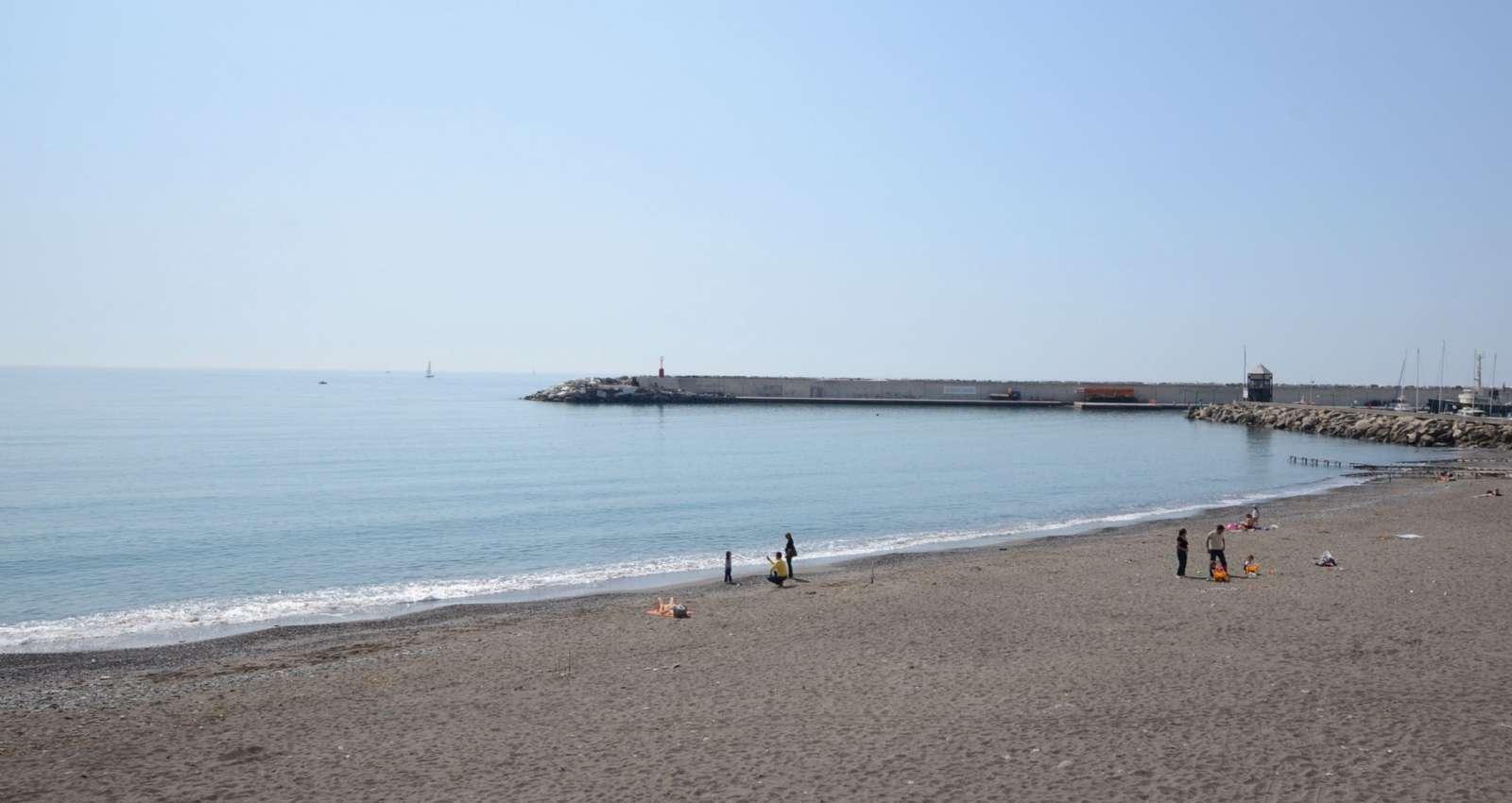 Stranden i Lavagna er ganske pæn