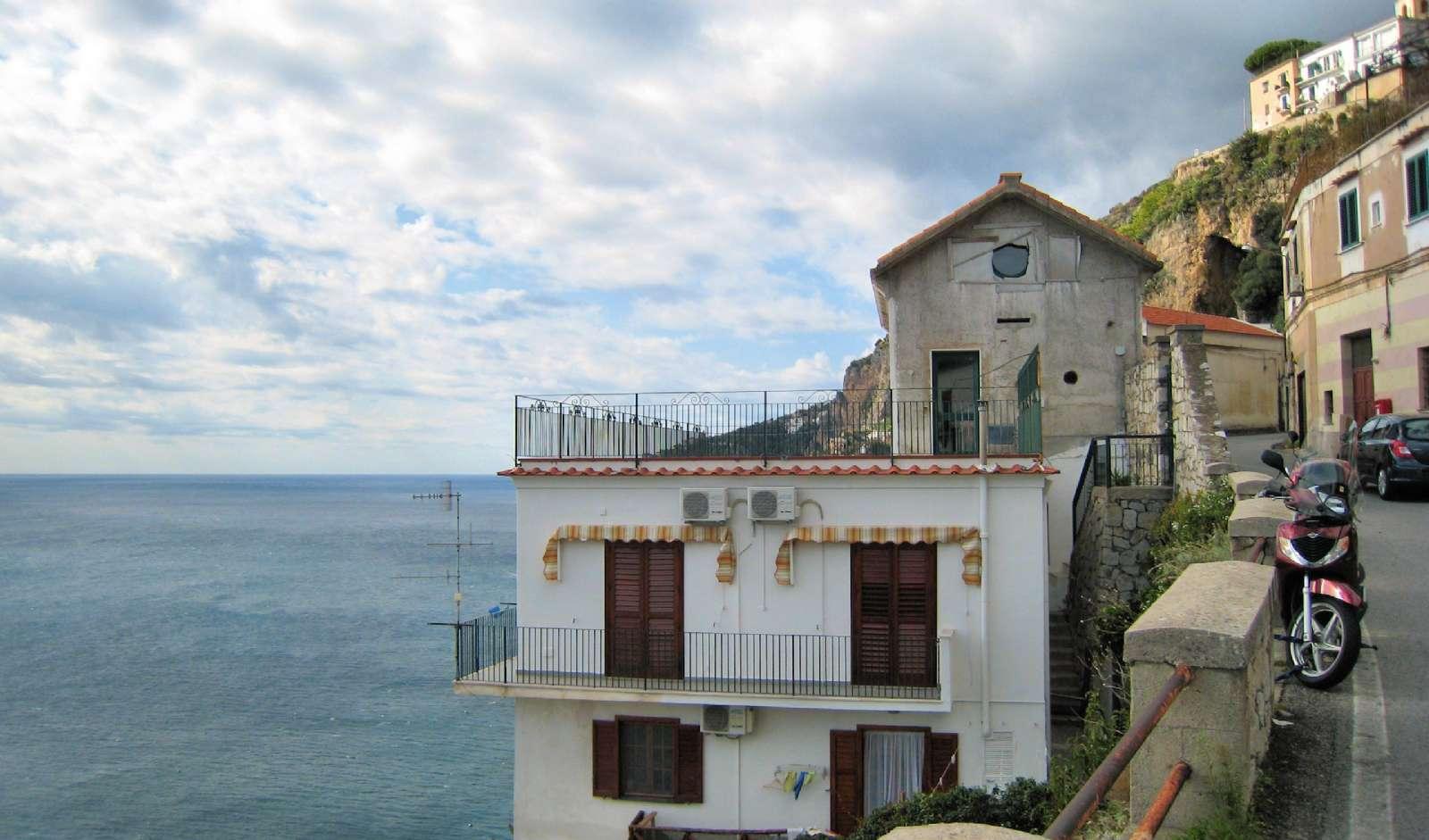 Residence Mare Club befindet sich direkt am Meer