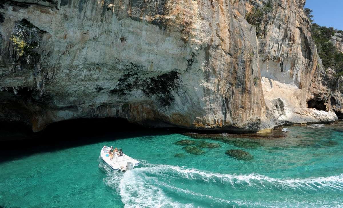 Grotter på østkysten