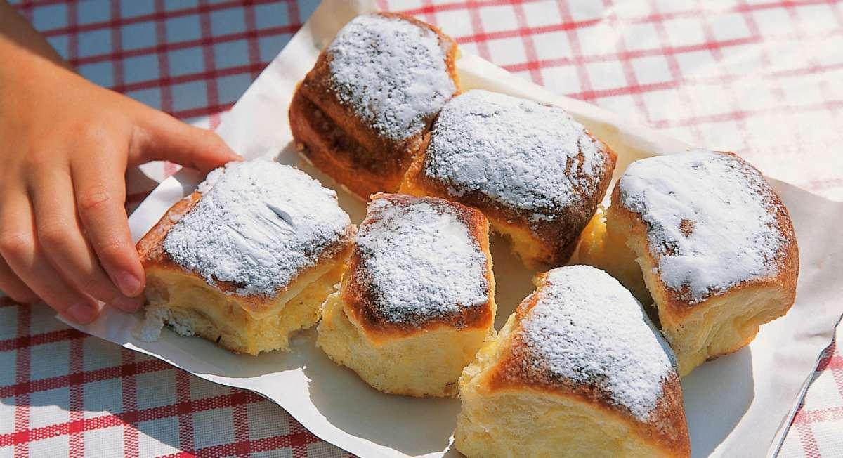 Les douceurs de Buchteln parmi les nombreuses pâtisseries régionales