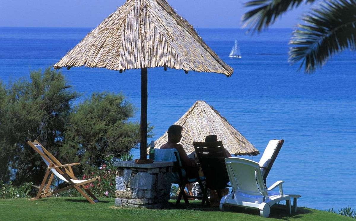 Under parasollerne på Sardinien