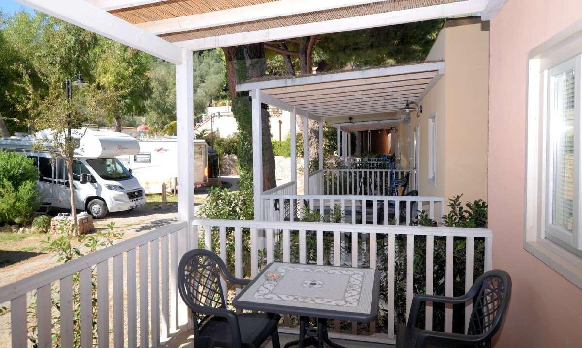 Villino-Reihenhäuser mit eigener Terrasse
