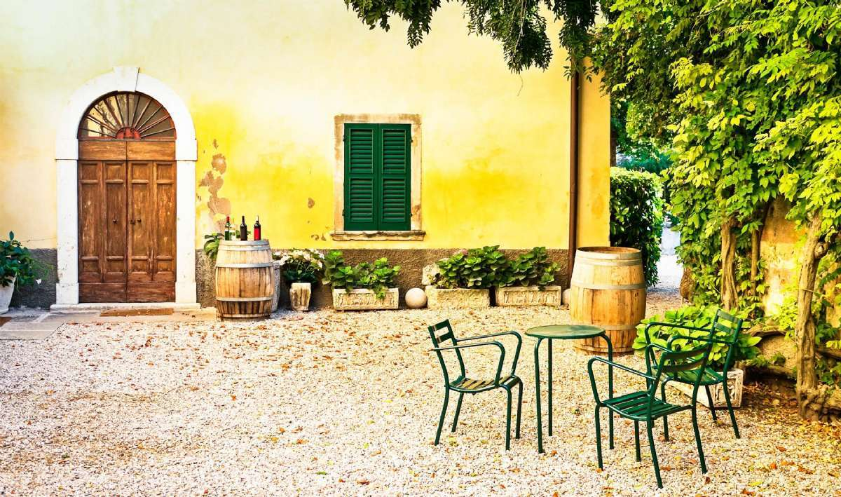 Vælg mellem mange feriehuse i hele Toscana