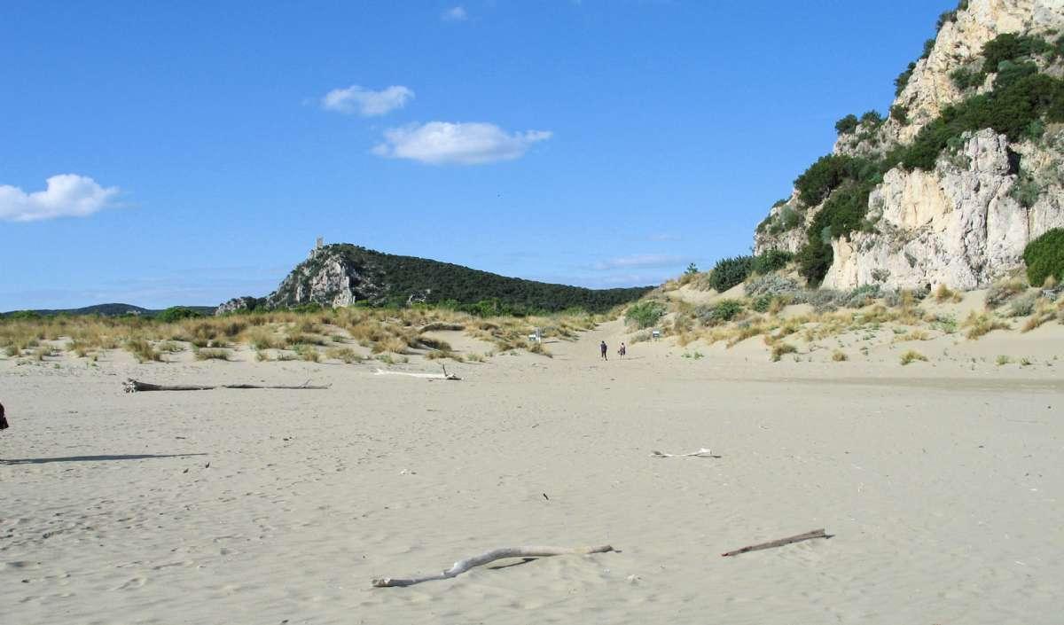 Njut av sandstränderna i Maremma