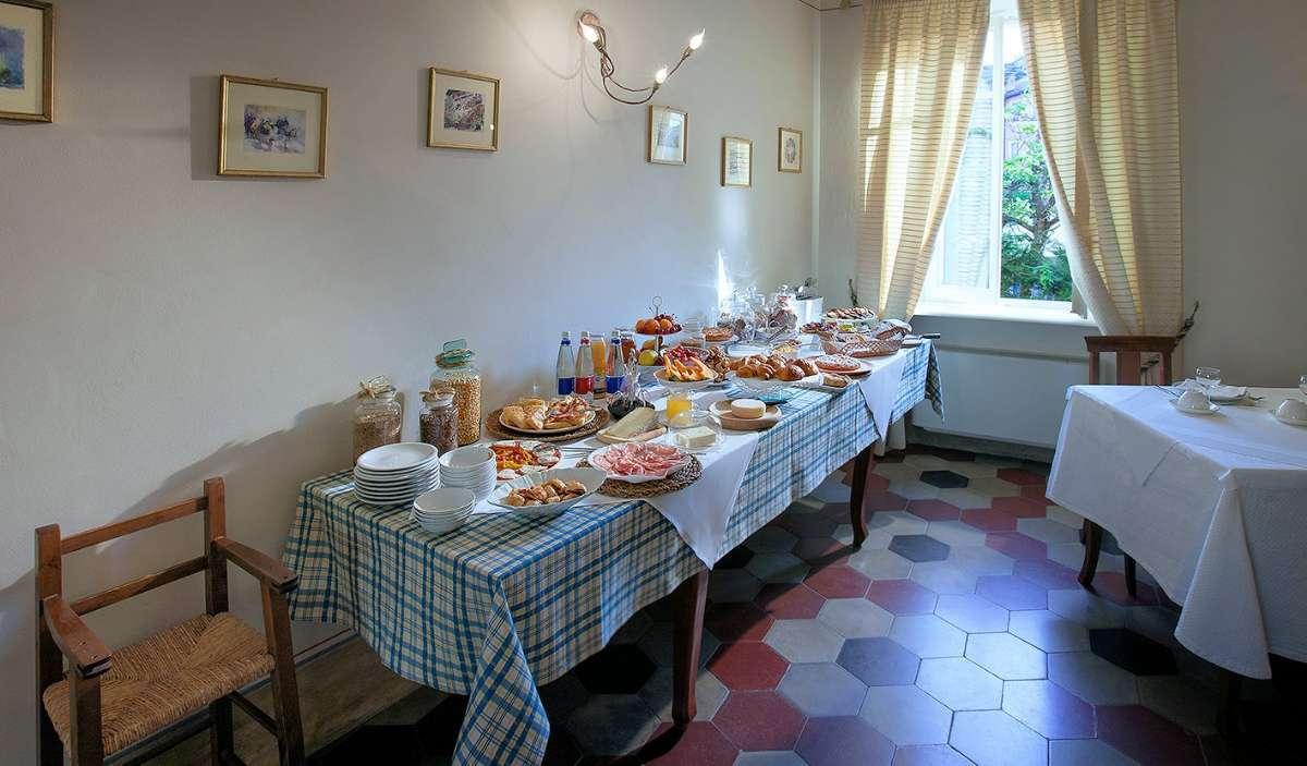Økologisk og hjemmelavet morgenbuffet