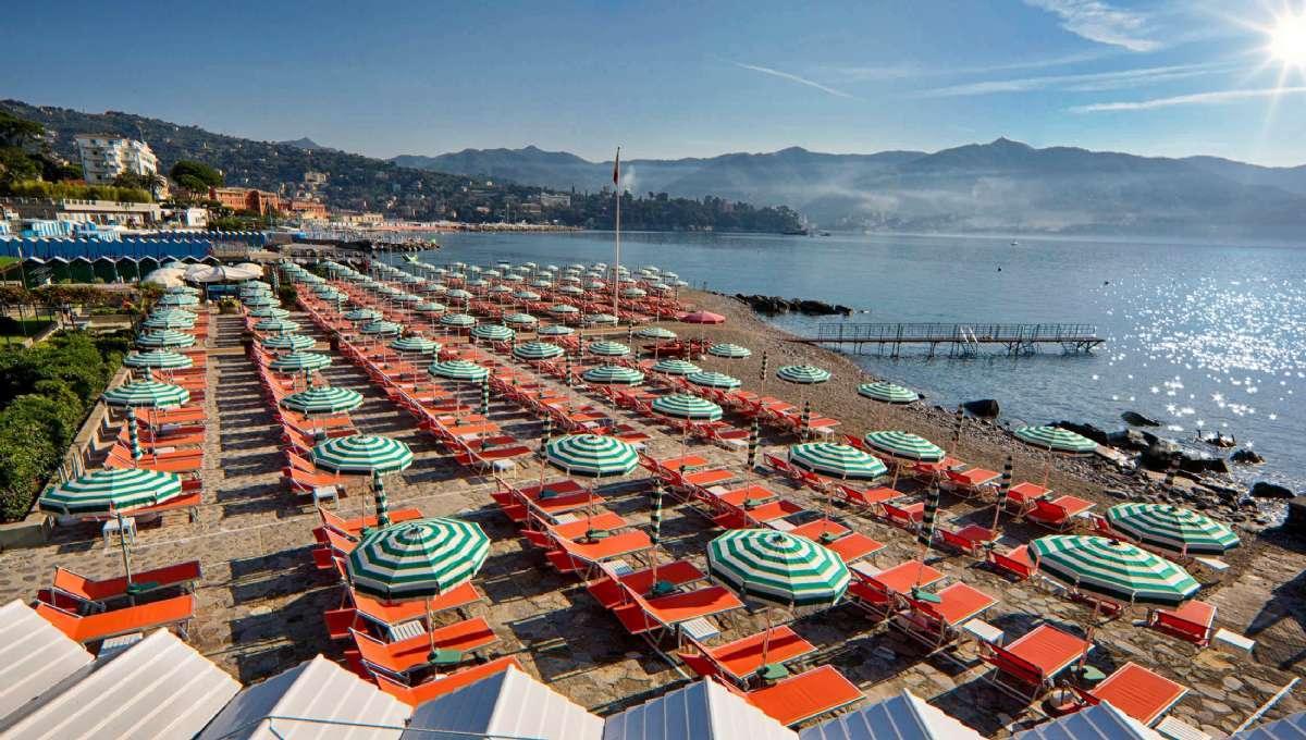 Hotellets egen strand