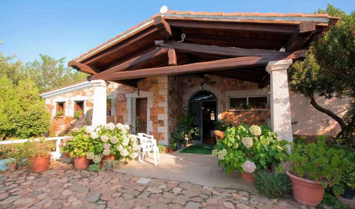 Tag på Agriturismo på Sardinien med In-Italia - her er det Agriturismo Guparza i Posada