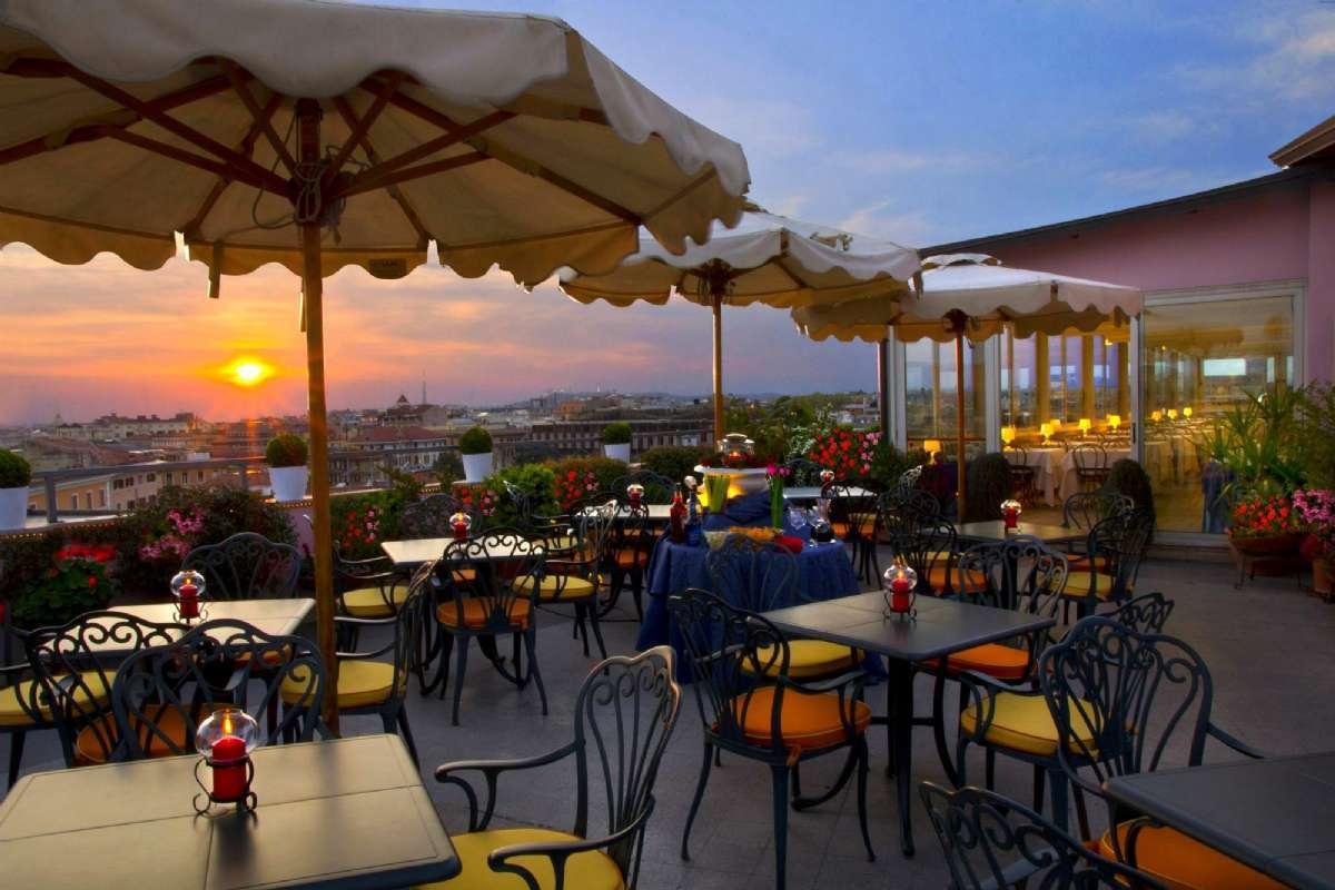 Book et hotel i Rom med tagterrasse