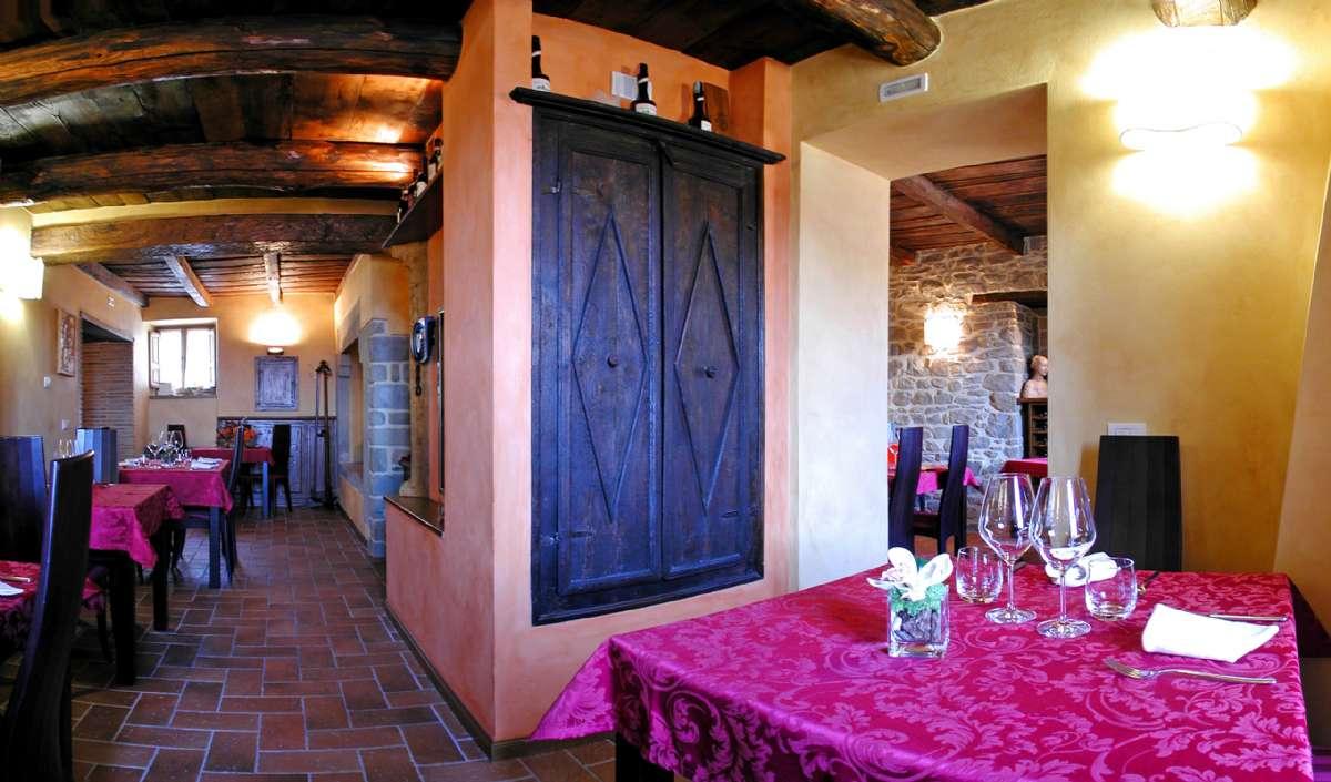 Den gode restaurant Convivio dei Corsi på torvet
