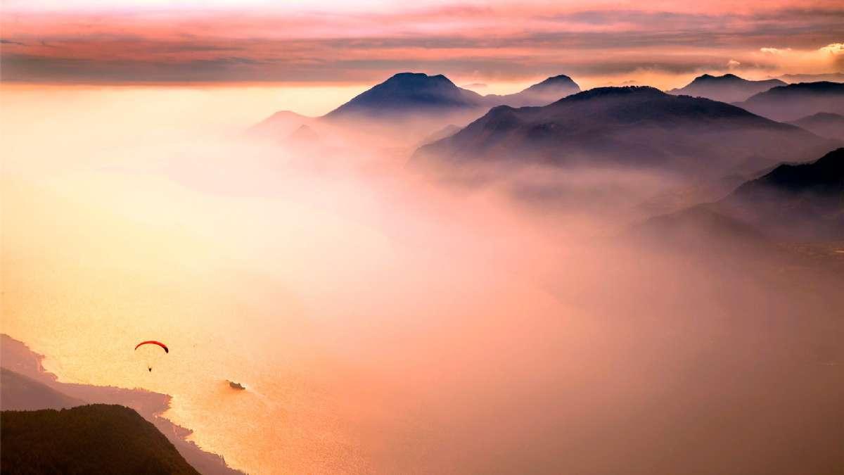 Smukt skydække over Gardasøen