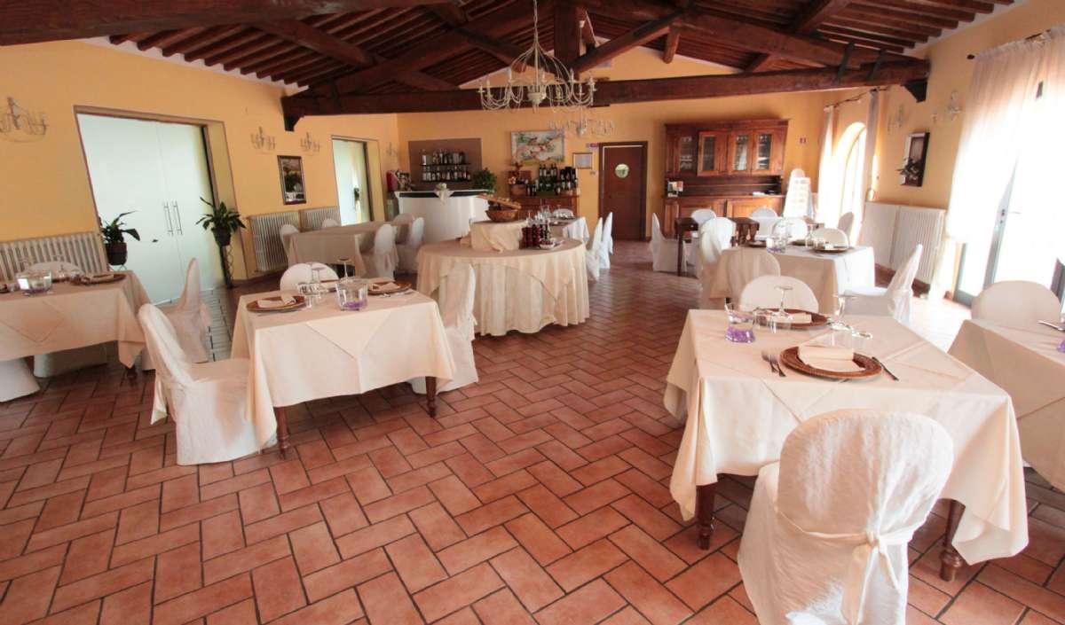 Restauranten på Le Tegole. Om sommeren serveres der også udendørs.