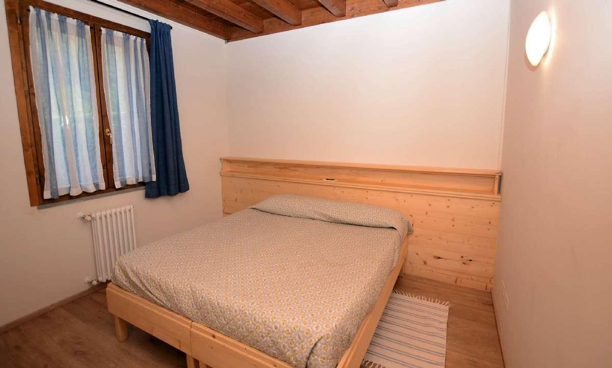 Soveværelset i en af lejlighederne