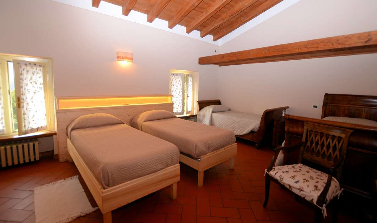 Et værelse med plads til 4 personer