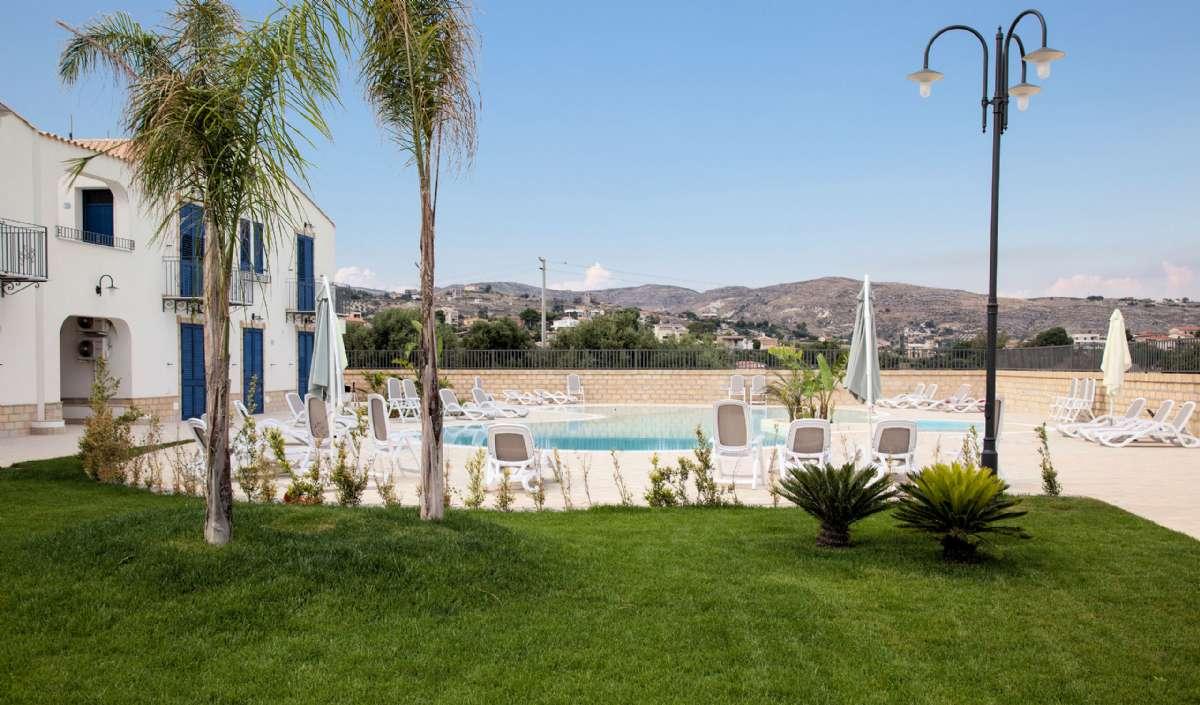 Scala Dei Turchi Resort pool