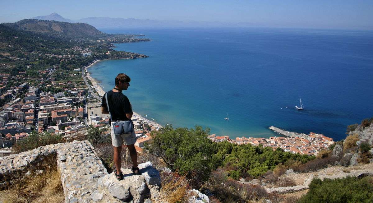 Cefal� Sicily - apartment vacation rentals & hotels