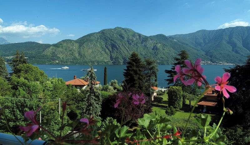 Comosøens dramatiske landskab kan minde lidt om de norske fjorde