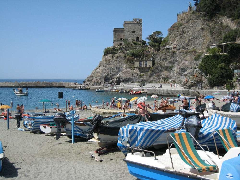 Monterosso - stranden ved den gamle bydel