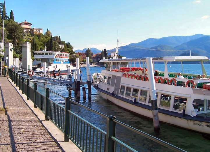 Varenna er godt forbundet til resten af Comosøen via vandvejen