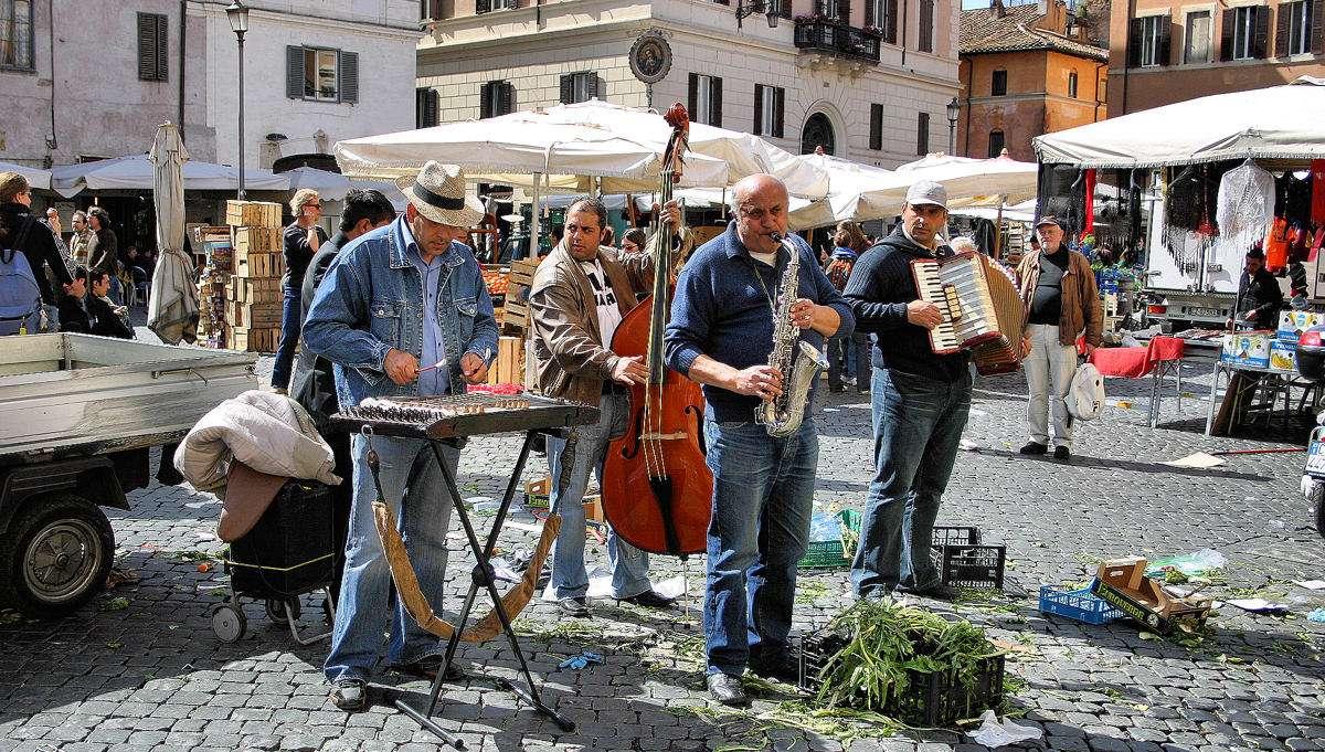 Musikanter på torget Campo de' Fiori