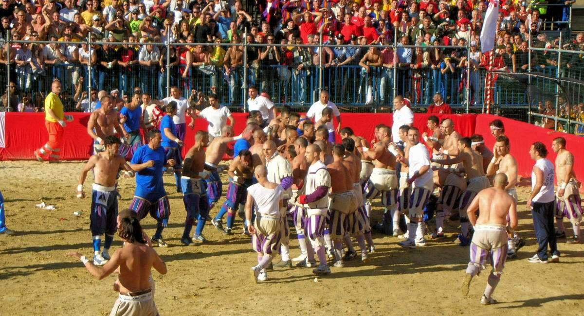 Calcio Storico - en rå form av rugby