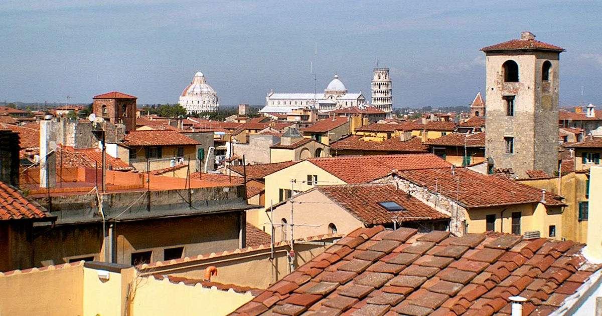 Utsikt över Pisas tak
