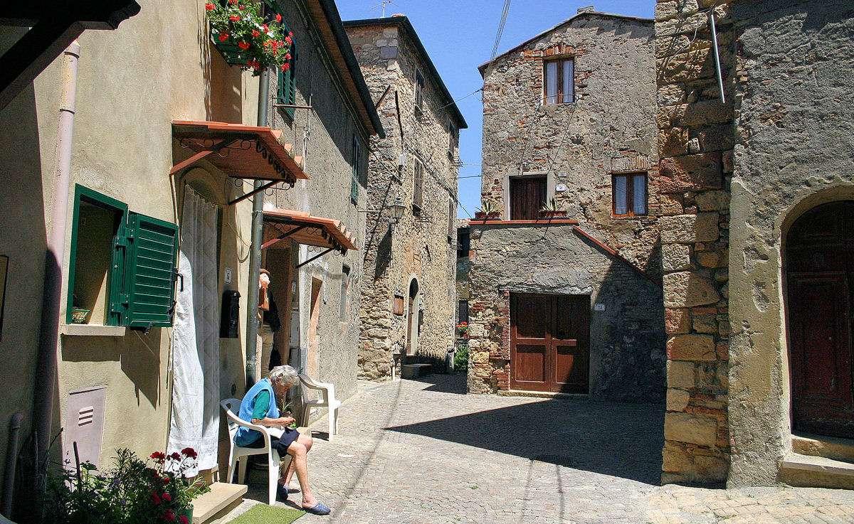 Découvrez d'authentiques villages historiques durant votre séjour en Toscane