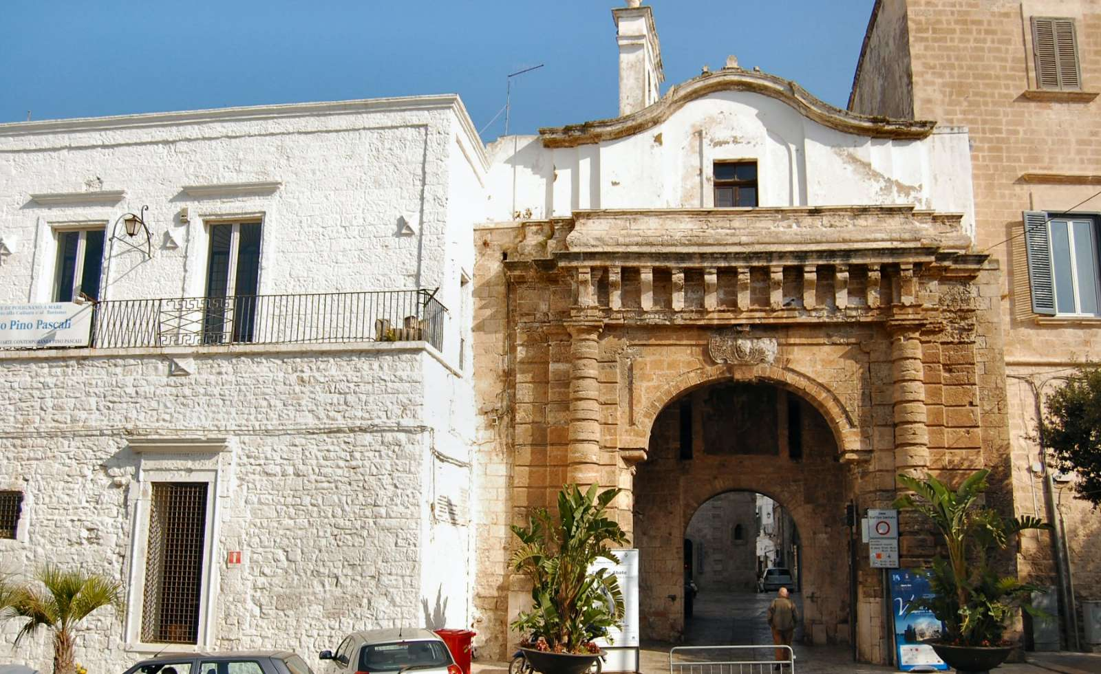 Porten till den gamla stadsdel