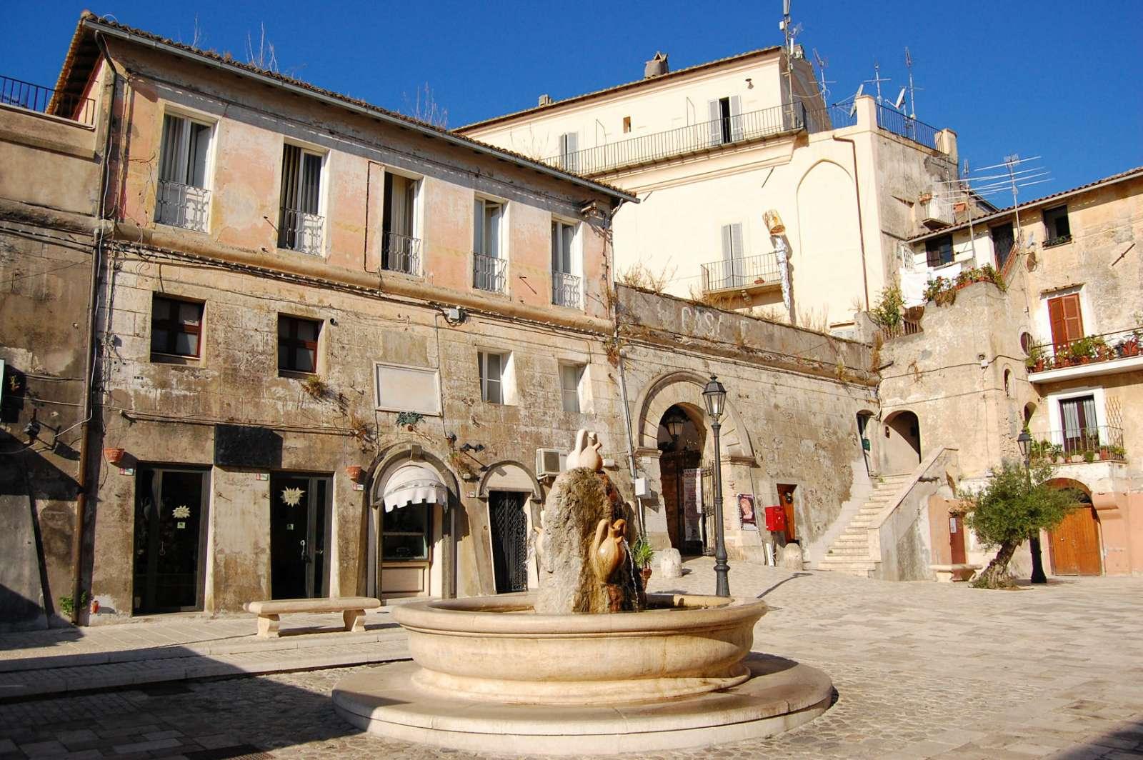 Også her i Lazio finder du gamle historiske byer med charmerende bymidter