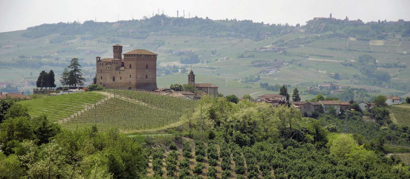 Fästningen Grinzane Cavour