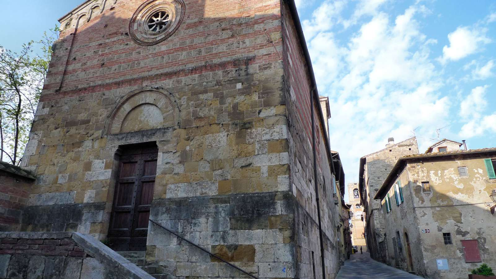 Die mittelalterliche Kirche Santa Maria in Canonica