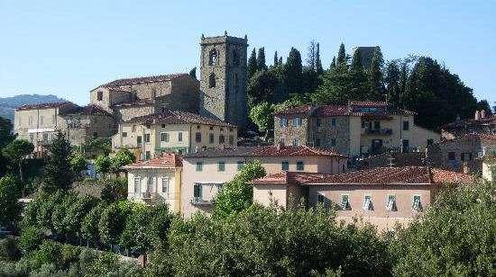 Ovanför Montecatini Terme ligger Montecatini Alto