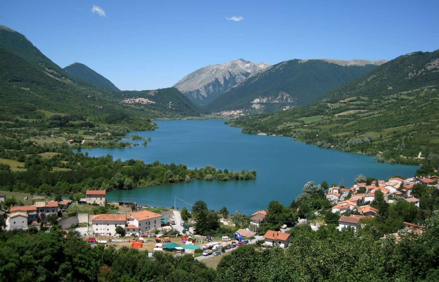 Les villes voisines d'Alfadena Civitella et Villetta Barrea.