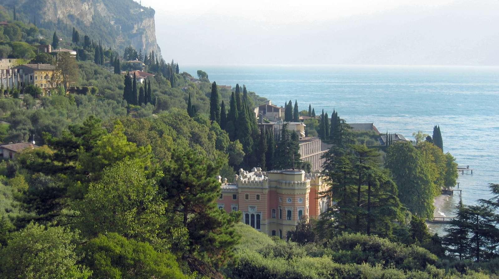 Aussicht vom Hotel auf die Villa Feltrinelli
