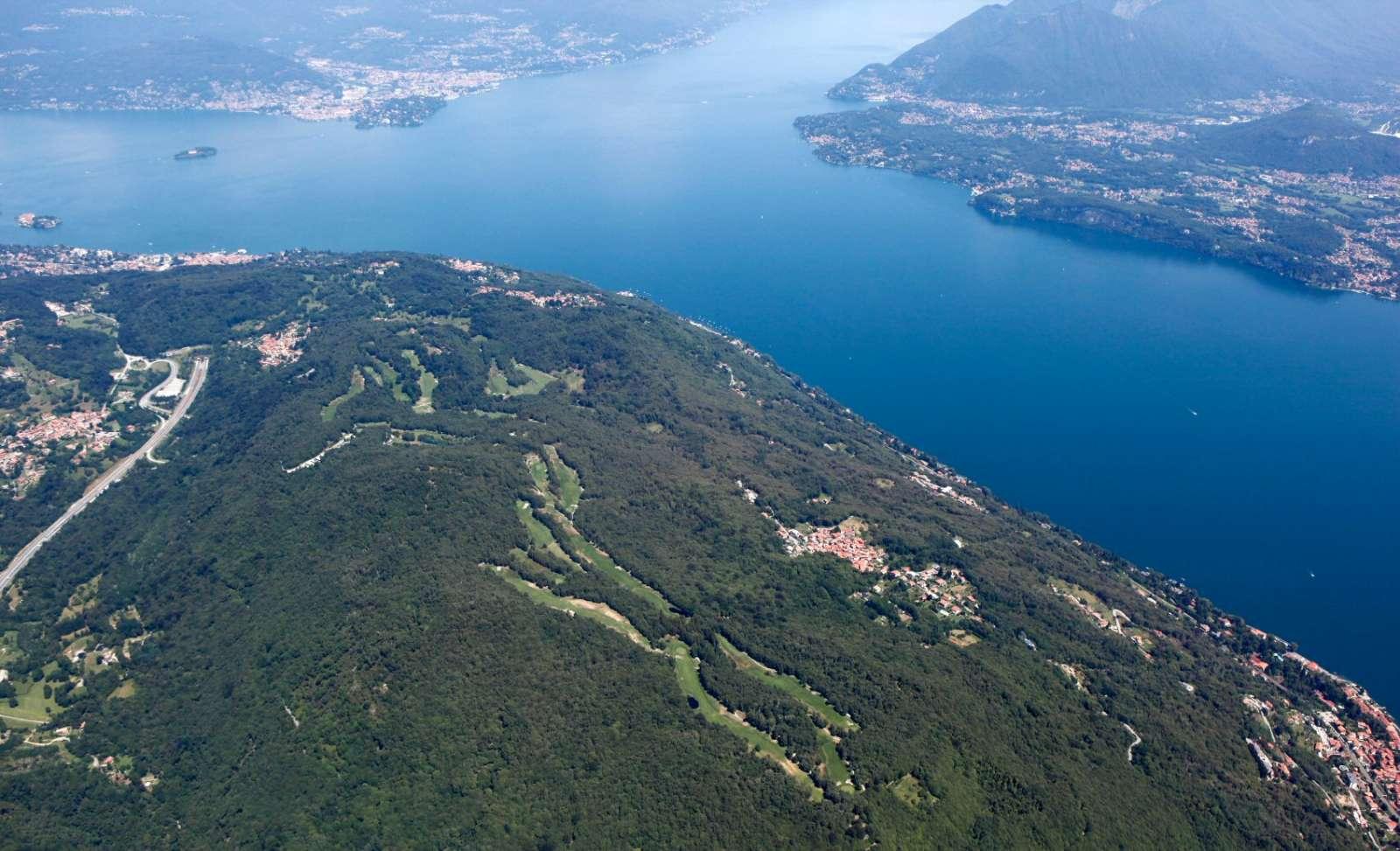 Golf Club Des iles Borromées' enestående beliggenhed ved Maggioresøen