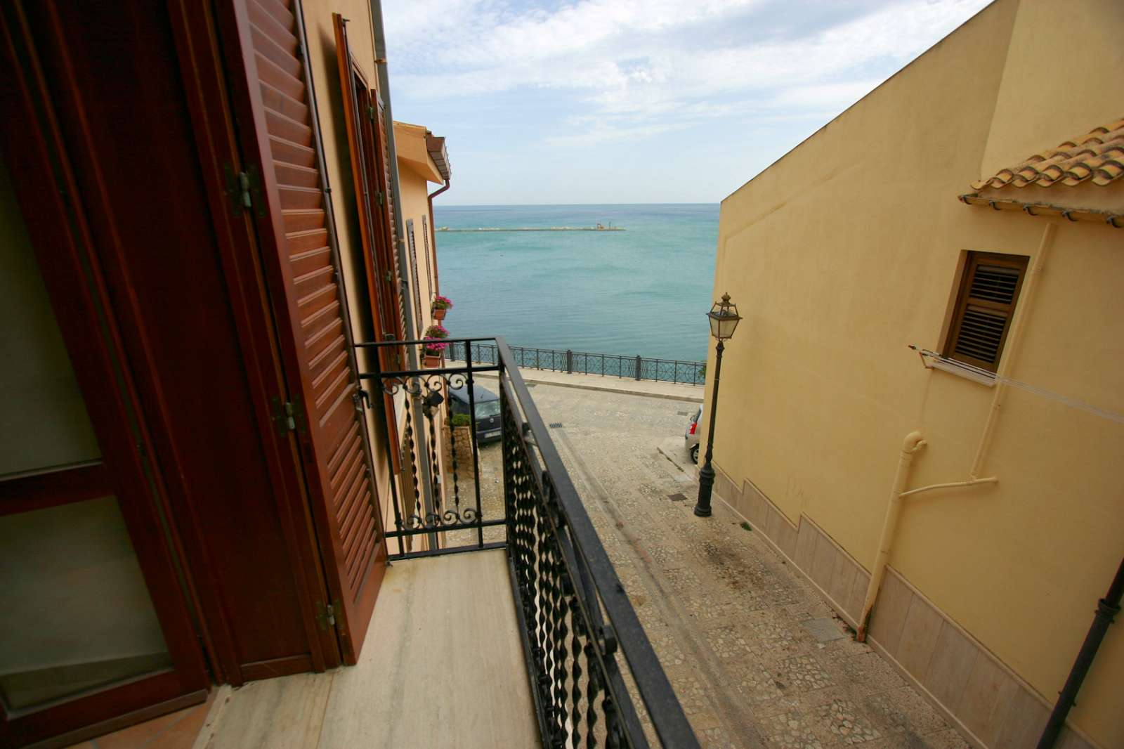 Limone: utsikt från balkongen