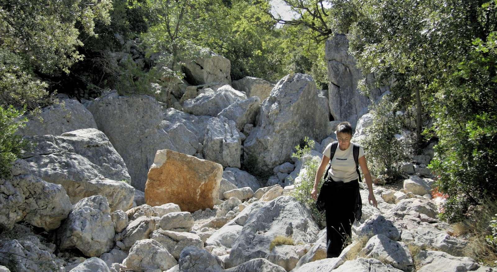 Vandring til Tiscali-bjerget