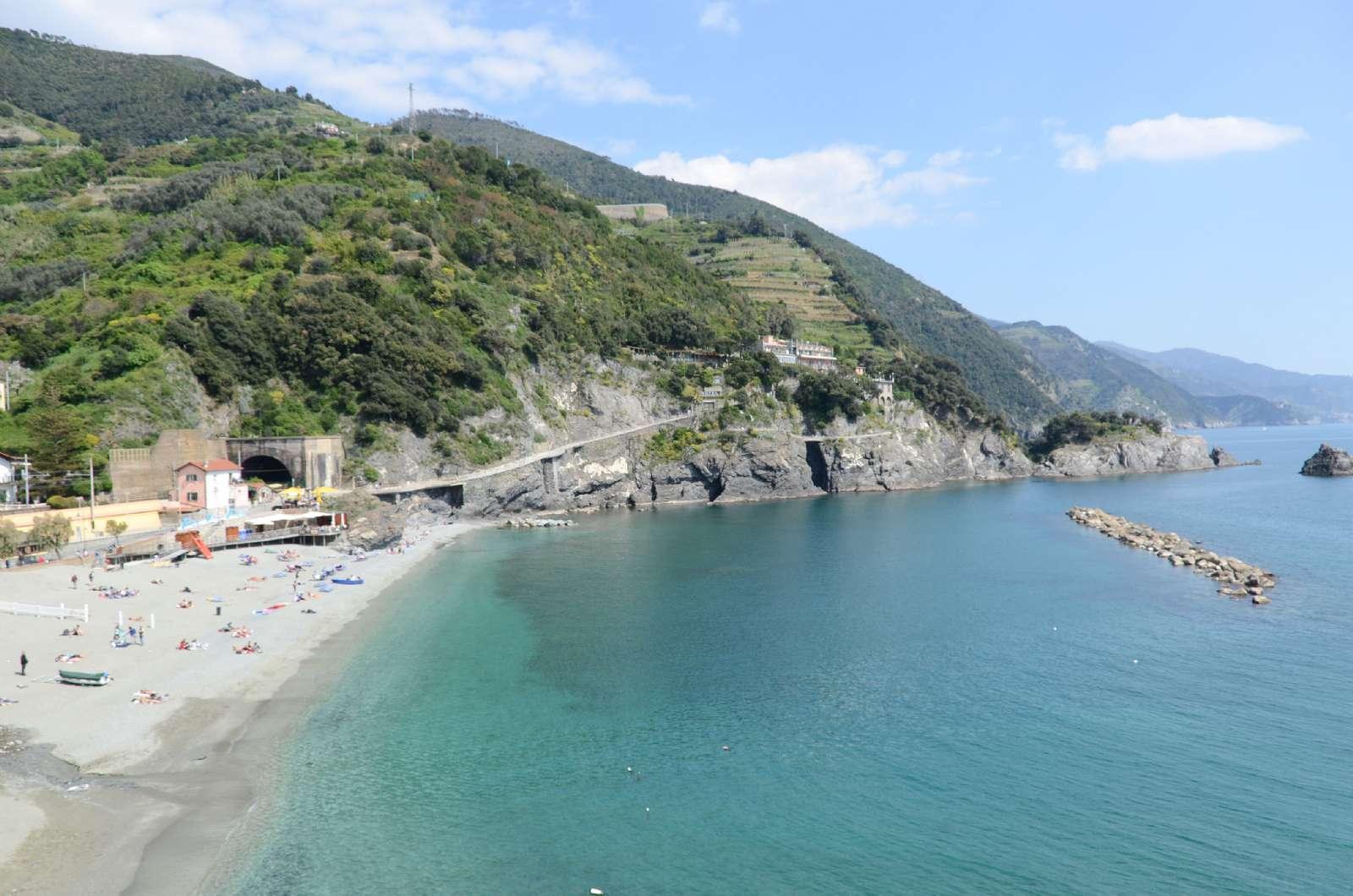 Cinque Terre är en blandning av klippor och sandstrand