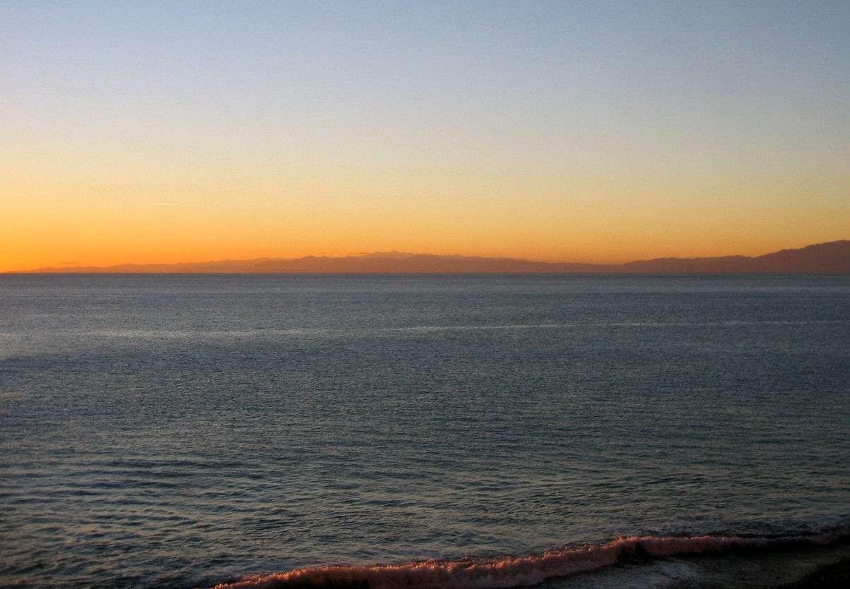 Chambre avec vue frontale sur la mer.