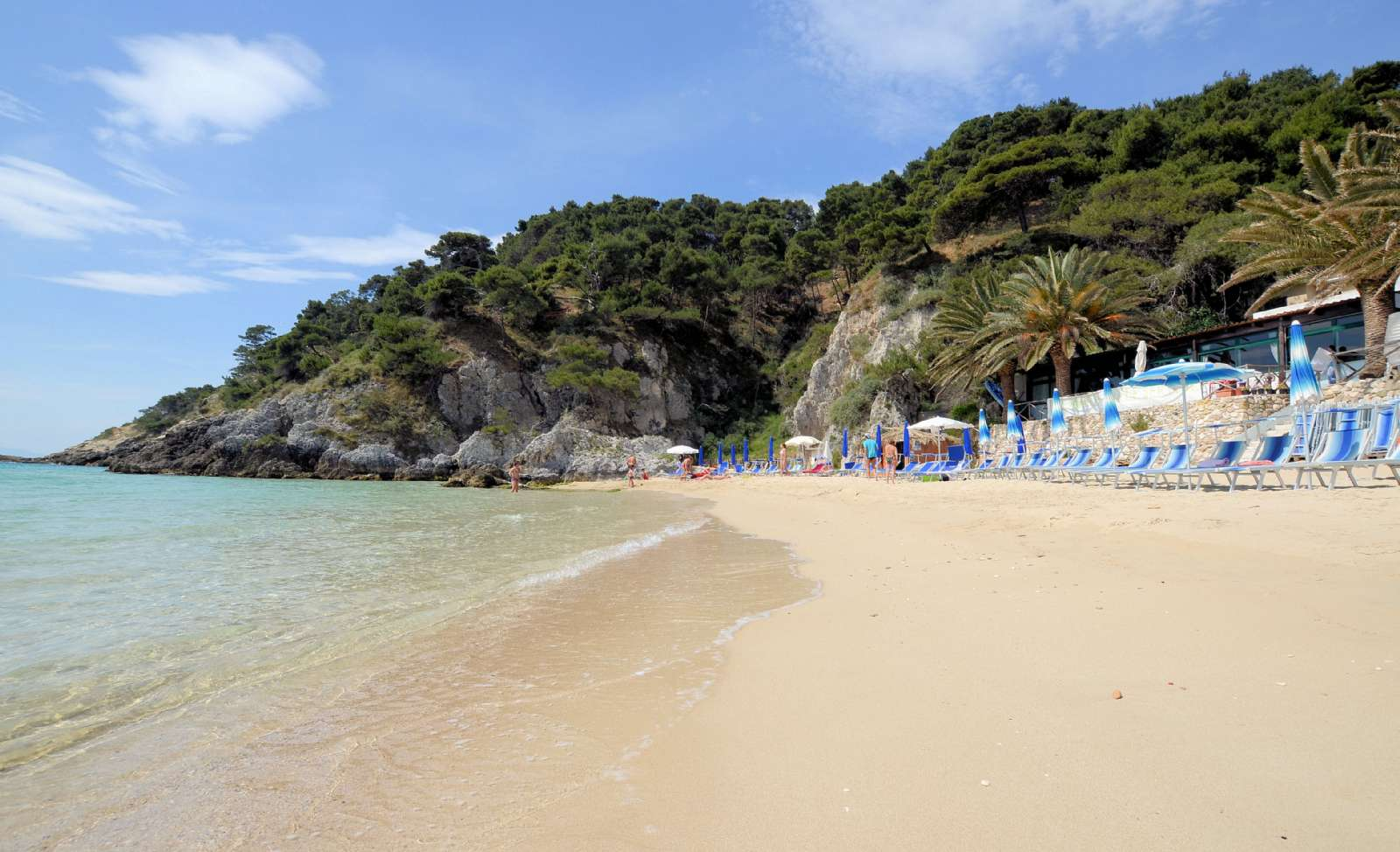 Sandbukten Cala delle Arene på Tremiti-öarna