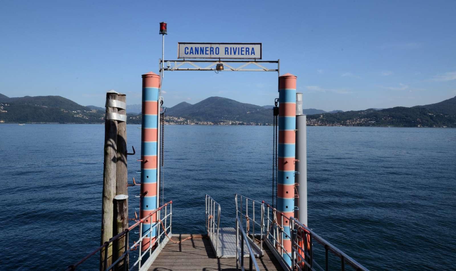 Ett färjeläge vid Maggioresjön