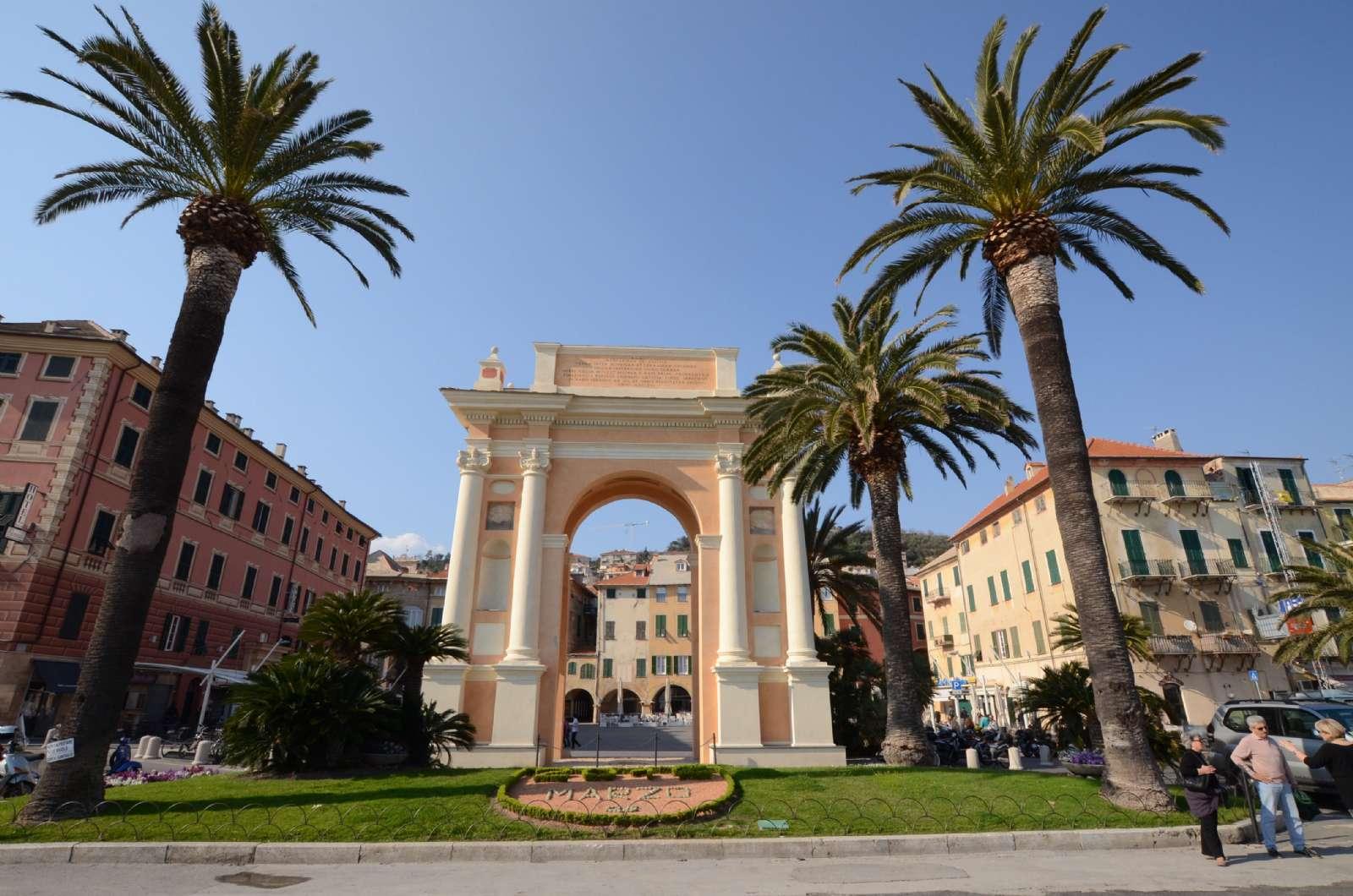 La vieille ville de Finale Marina