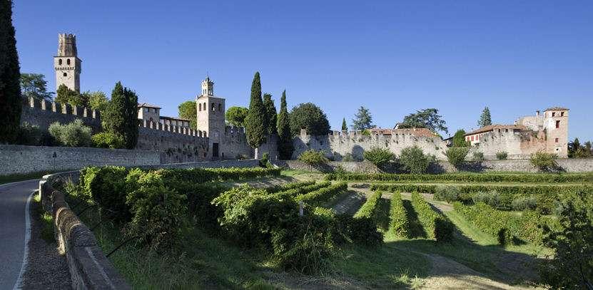 Vinslottet San Salvatore