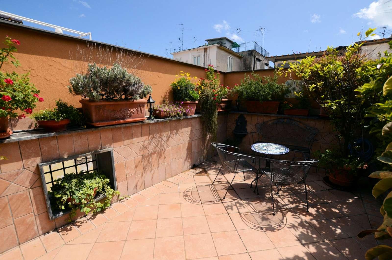 Terrassen til en af Junior Suite Romantica
