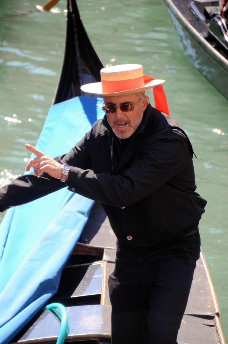 Gondoliärer är alla födda och uppvuxna i Venedig