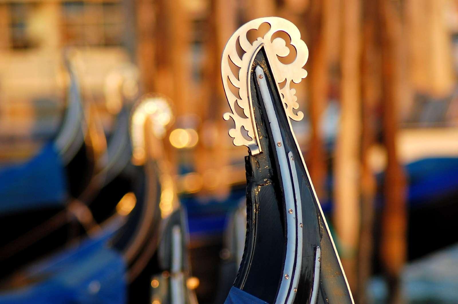 Gondolens klassiska utsmyckning