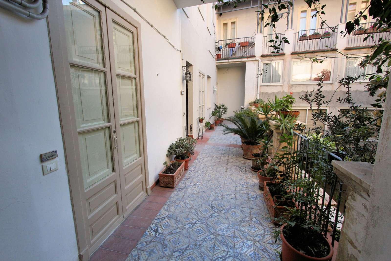 Passage framför lägenheten Turiddu