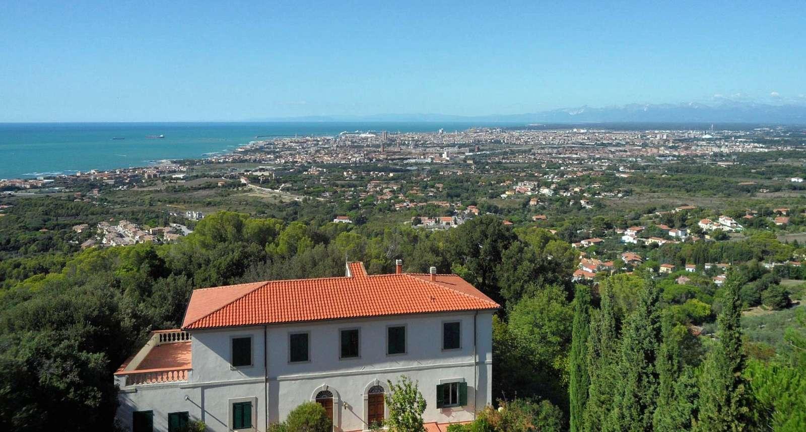Utsikt till Livorno