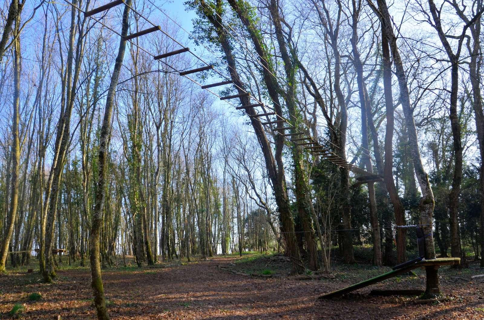 Eventyrpark med klatrebaner